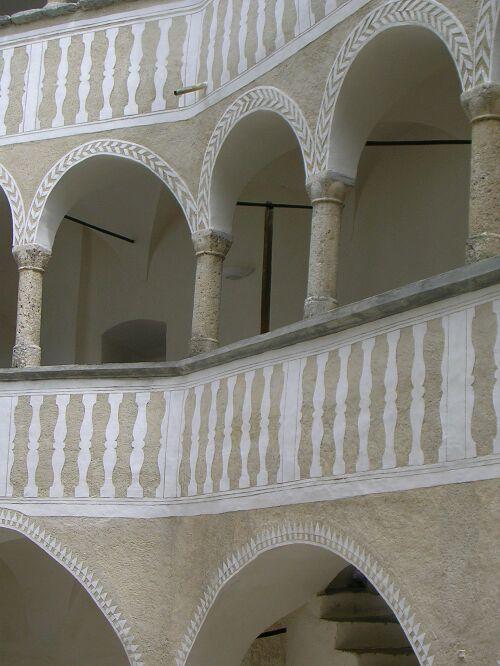 Castello di hallegg austria for Piani portici anteriori